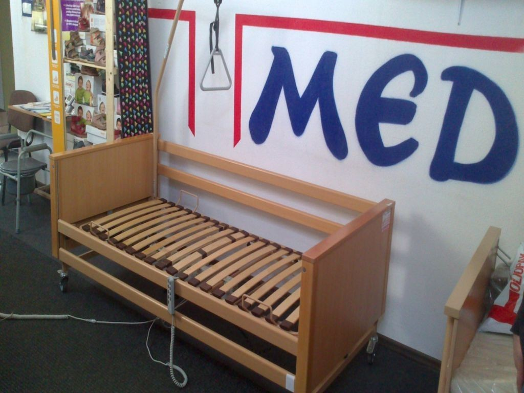 Używane łóżko Rehabilitacyjne Elektryczne Burmeier Arminia